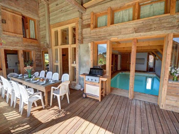 Chalet Spa to rent in La Clusaz