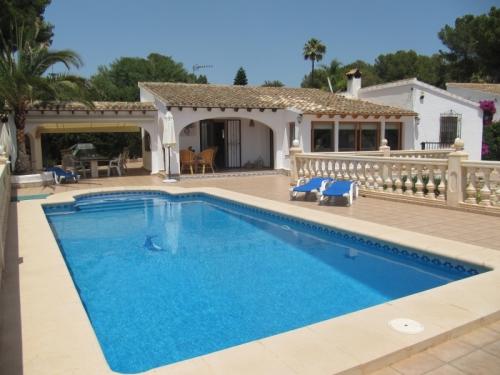 Villa / Maison MAEVA à louer à Moraira