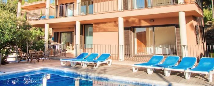Villa / Maison ENRIQUE à louer à Tamariu