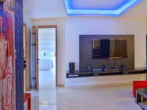 Reserve villa / house zeus
