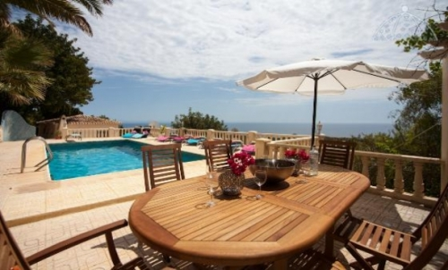 Villa / house ESPERANZA to rent in Altea
