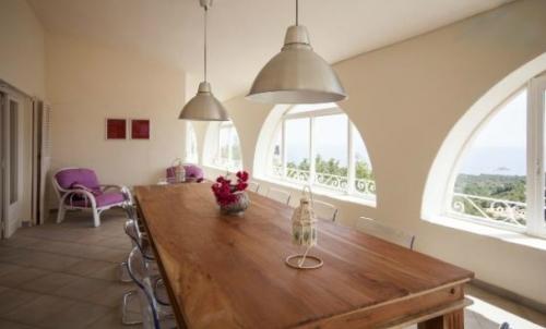 Property villa / house esperanza