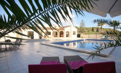 Villa / house SARAH to rent in Altea
