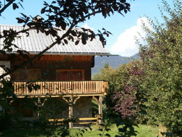 Chalet Foret to rent in Méribel