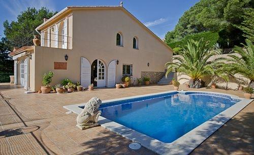 Property villa / house felix