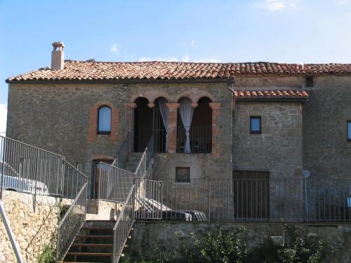 Property villa / house serrateix 11434