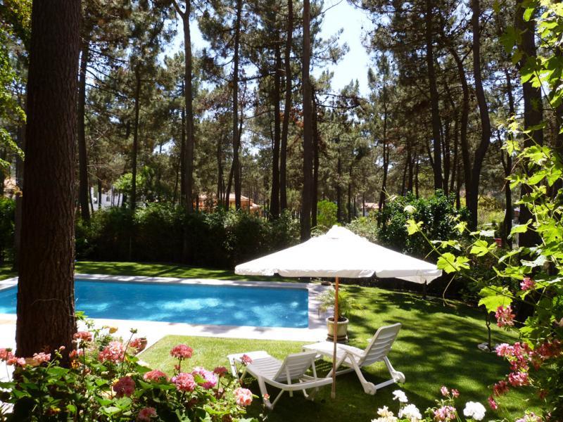Villa / Maison ROSE à louer à Aroeira