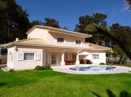 Villa / Maison CABRIS à louer à Aroeira