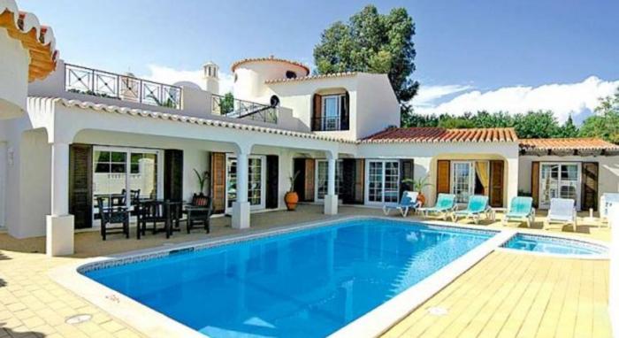 Villa / Maison Tenna à louer à Carvoeiro