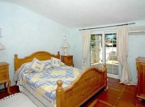 Villa / house tenna to rent in  carvoeiro