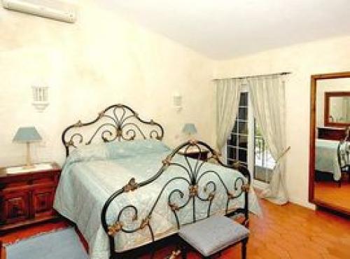 Property villa / house tenna