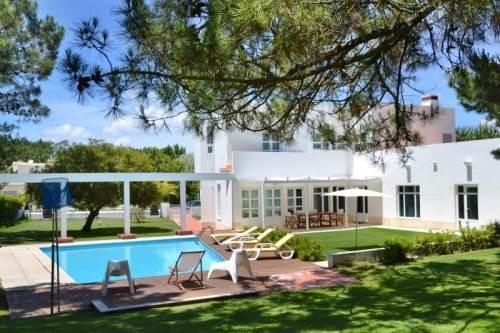 Villa / house PINI to rent in Troia