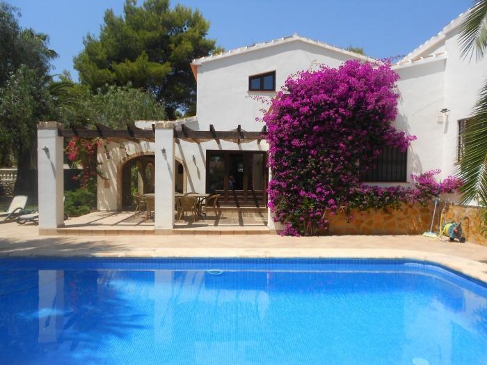 Villa / house Eden to rent in Javea