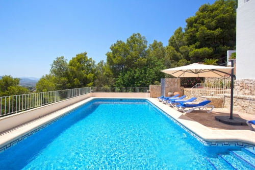 Reserve villa / house carole