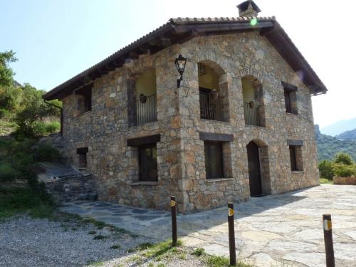 Villa / house oliana 10413 to rent in coll de nargo