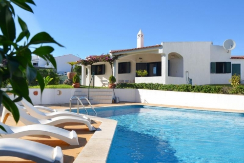 Villa / house ALICEA to rent in Albufeira