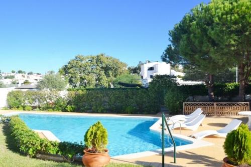 Rental villa / house alicea