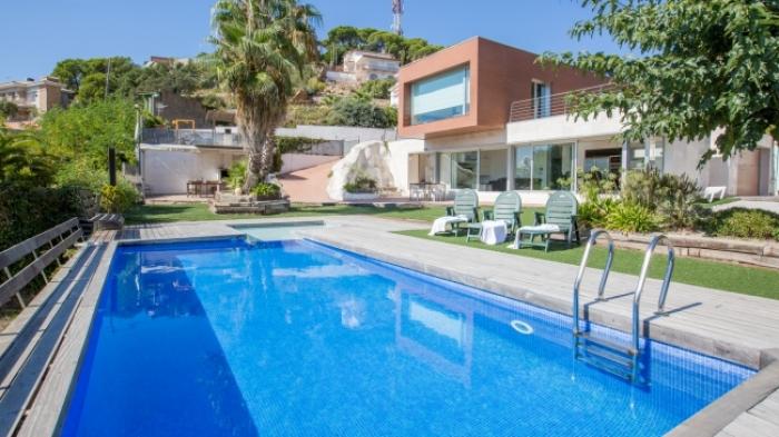 Villa / house ROSATO to rent in Lloret de Mar