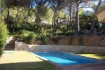 Property villa / house twist