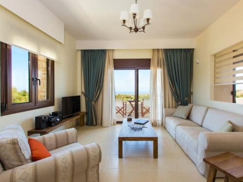 Rental villa / house aphrodite δυο