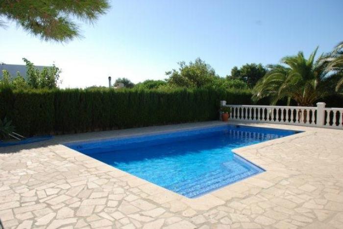 Villa / house PLAZA to rent in Ametlla de Mar