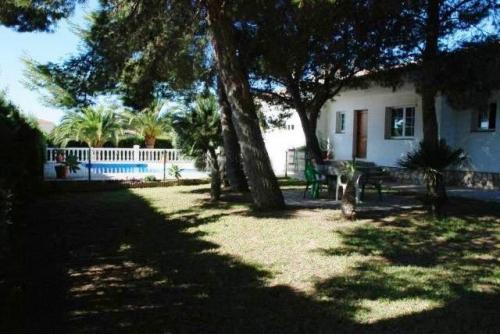 Rental villa / house plaza