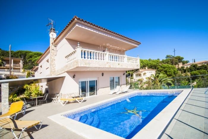Villa / Maison LONDO à louer à Lloret de Mar - Serrabrava