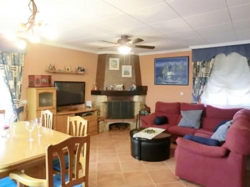 Villa / house salvador to rent in lloret de mar