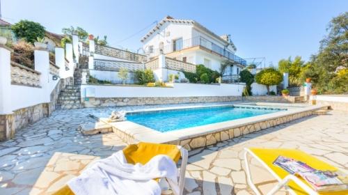 Reserve villa / house balance