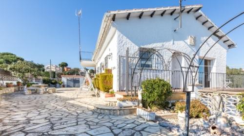 Villa / house balance to rent in lloret de mar - lloret blau