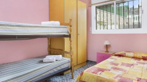 Villa / house sergio to rent in lloret de mar - serra brava
