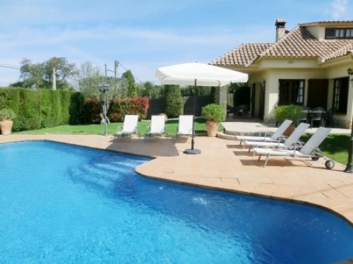 Villa / Maison CARBONEL à louer à Llagostera
