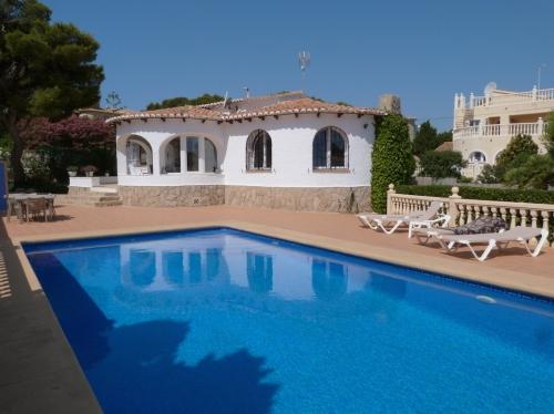 Villa / Maison BALANDRA à louer à Javea