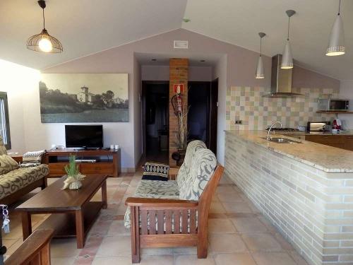 Villa / house font coberta 32506 to rent in banyoles