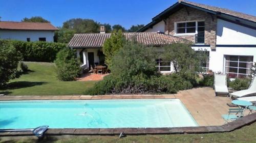 Villa / house nouvelle vague to rent in ahetze