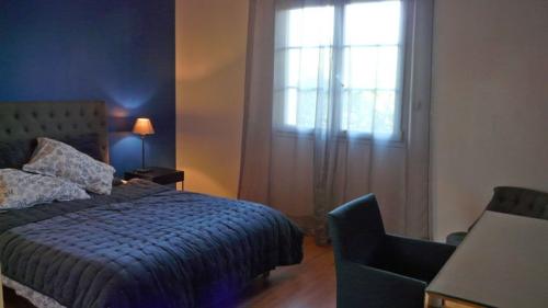 Rental villa / house nouvelle vague