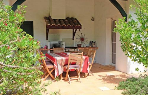 Reserve villa / house nouvelle vague