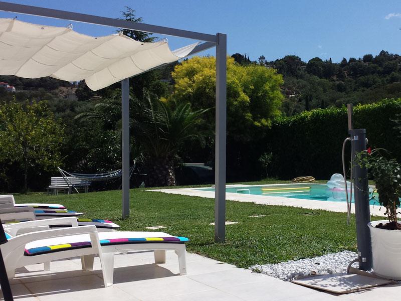 Réserver villa / maison mitoyenne rose