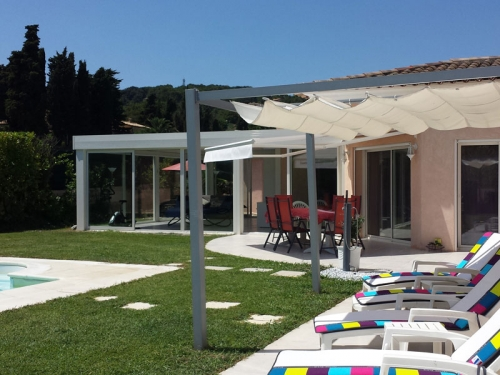 Villa / terraced or semi-detached house Rose to rent in Cannes