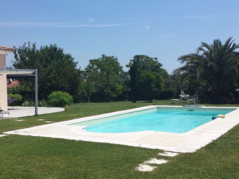 Location villa / maison mitoyenne rose