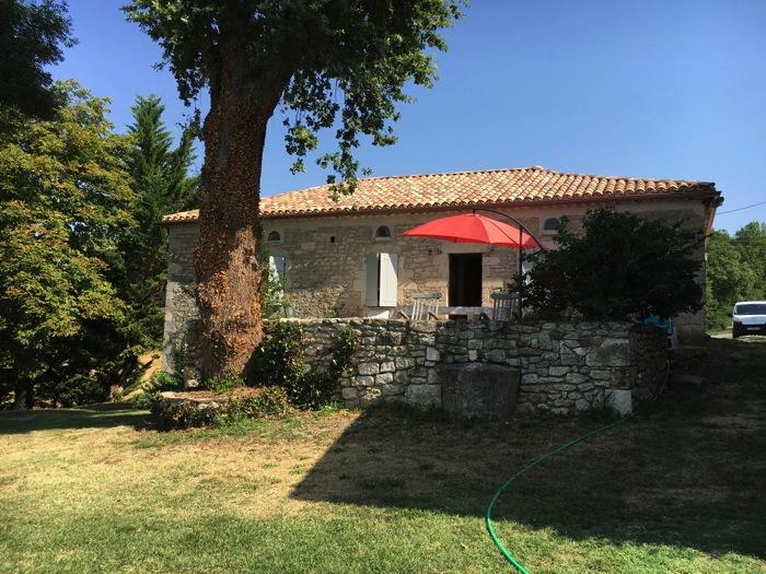 Location villa / maison pierres du lot