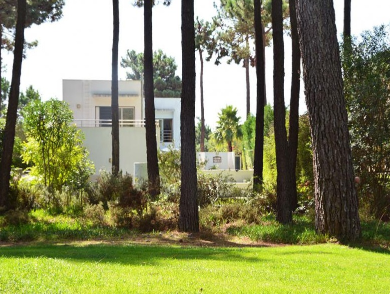 Villa / Maison Rondo à louer à Aroeira