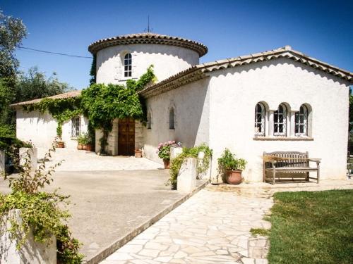 Reserve villa / house opera