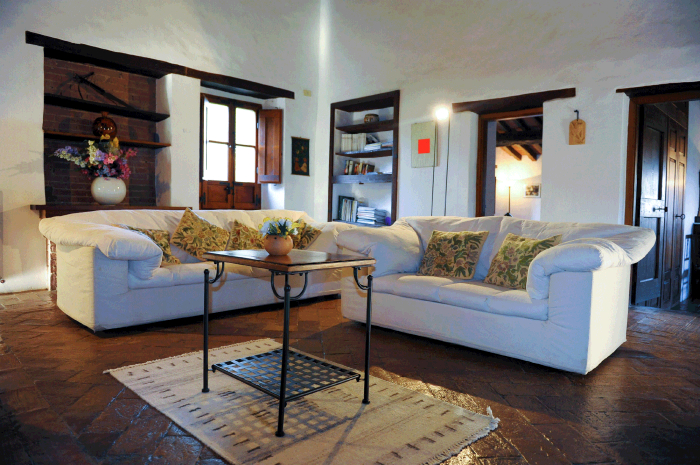 Reserve villa / house perlesa