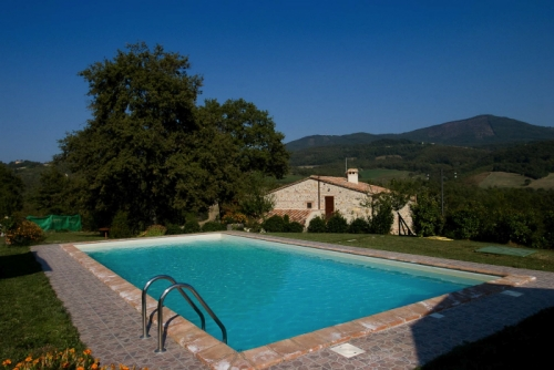 Villa / house la source to rent in Radicofani