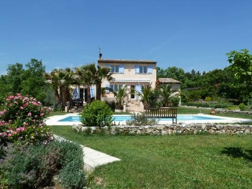 Villa / Maison Vieux oliviers à louer à Saint Cézaire sur Siagne