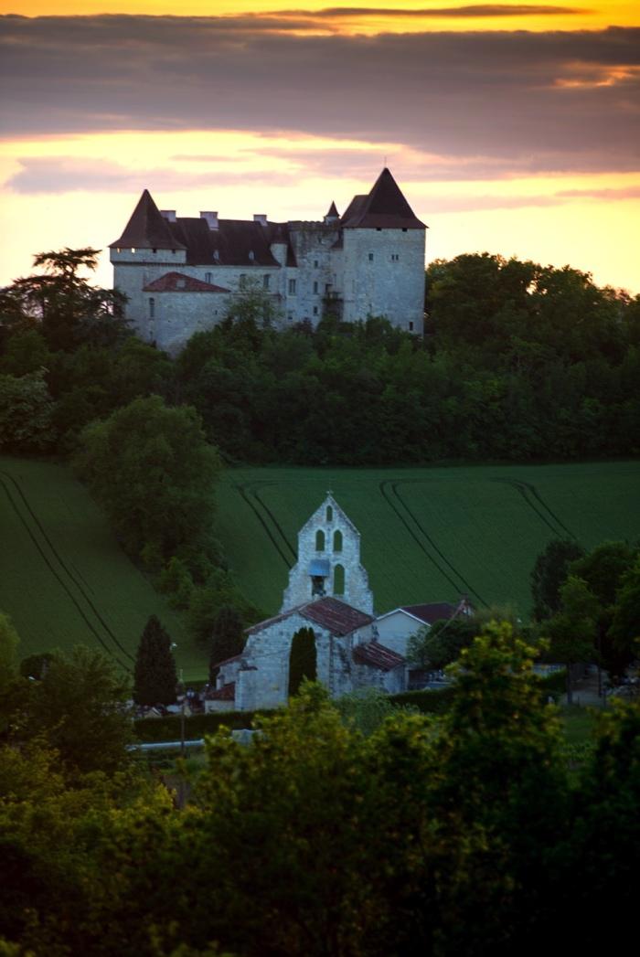 Château luxe Le château médiéval