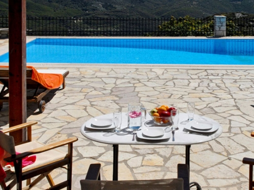 Villa / house scorpidi to rent in vafkeri
