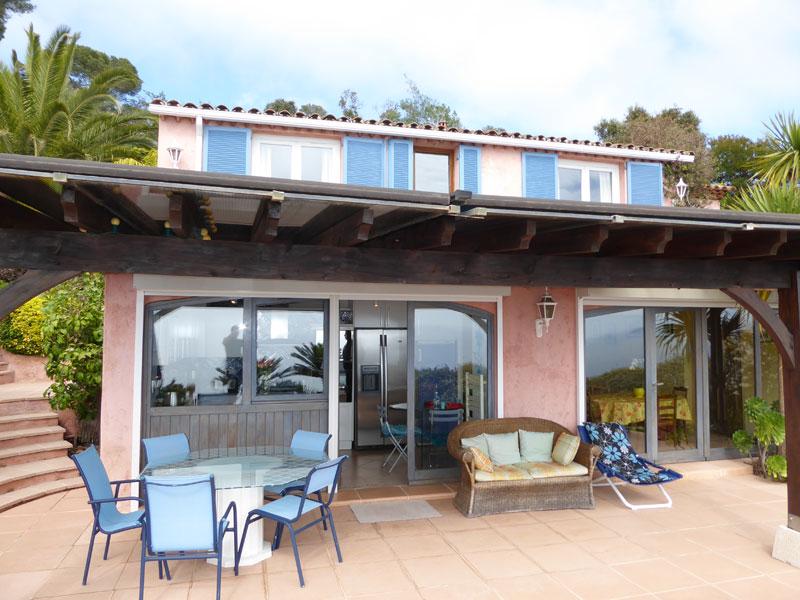 Réserver villa / maison maison vue mer