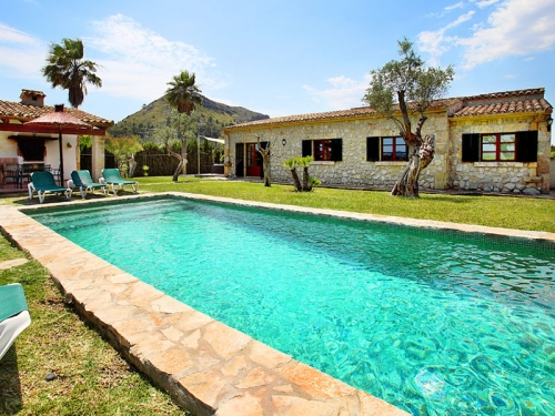 Villa / house Oasis to rent in Pollença